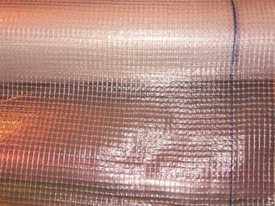 Армированная полиэтиленовая плёнка прочнее обычной