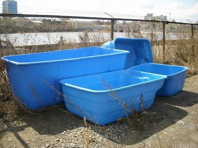 Чаши монолитных пластиковых бассейнов