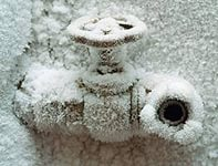 Чтобы избежать весеннего ремонта систему следует консервировать на зиму