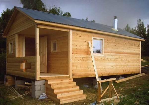 Деревянный дачный дом из блок-контейнера