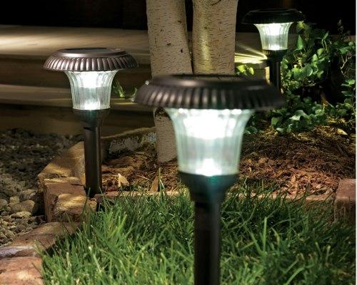 Экономные уличные светильники на солнечных батареях для дачи