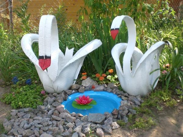 Фото готовых резиновых лебедей