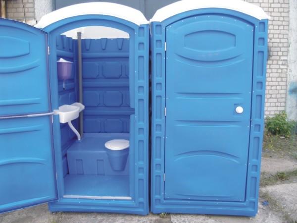 Фото пластиковой кабины для туалета