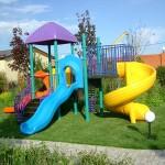 kak pravilno vybrat i ustanovit detskij sportivnyj kompleks na dachu-06