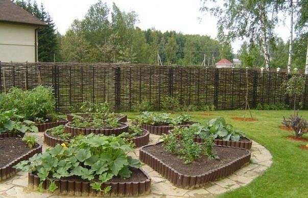 Красивый сад всегда укажет на статус своего хозяина и его приверженность к труду