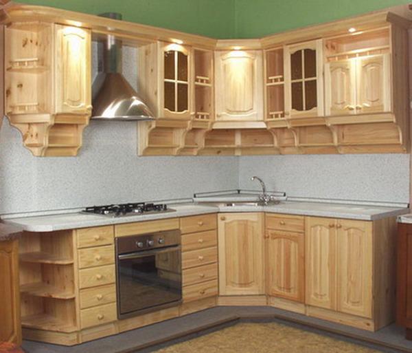 Кухни из сосны – идеальный вариант для помещений, оформленных в стиле кантри