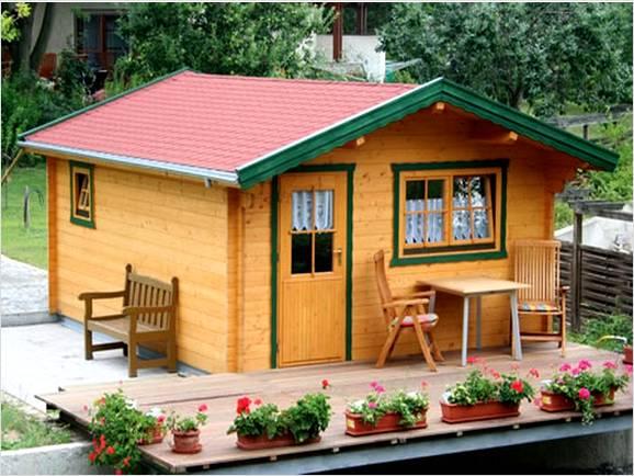 Небольшой домик своими руками фото