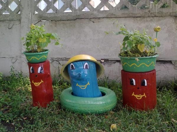 Небольшие украшения детской площадки