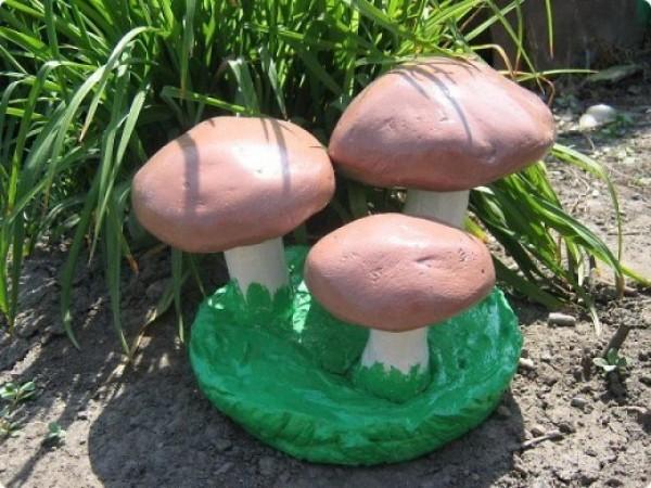Немного усилий и такие красивые грибы заживут новой жизнью на вашем участке