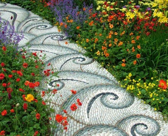 Необычная садовая дорожка