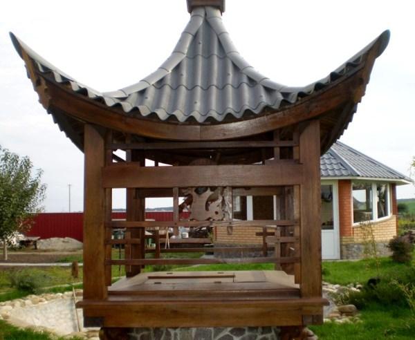 Оформление колодца в восточном стиле