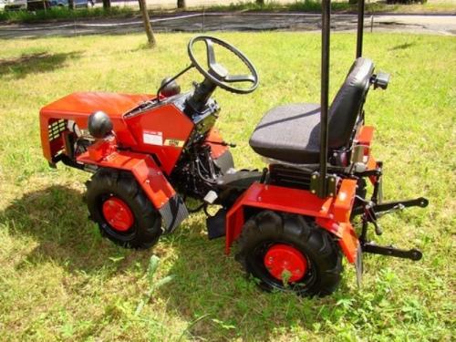 Подобную систему проще назвать трактор из мотоблока, чем относить ее к определенной категории