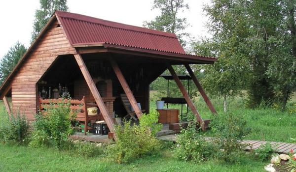 При конструировании крыши не запрещено проявлять фантазию