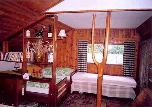 Простейший вариант отделки комнаты с использованием натуральных материалов