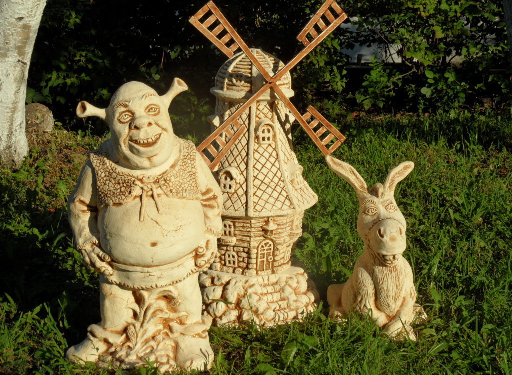 Шрек, мельница и кролик (древесина) – оригинальная идея