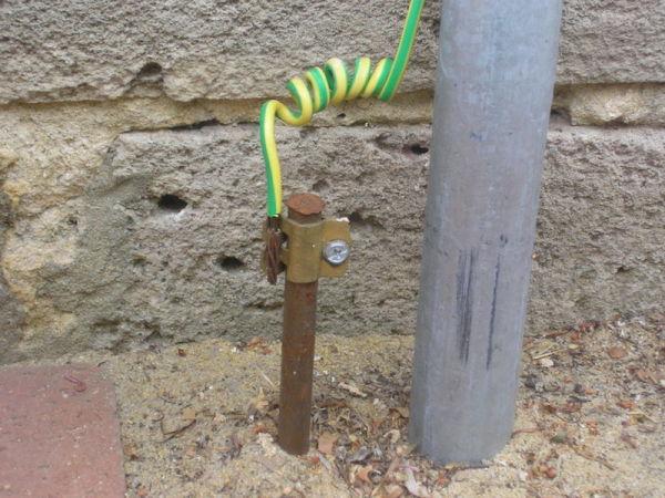 Стальной пруток в качестве электрода