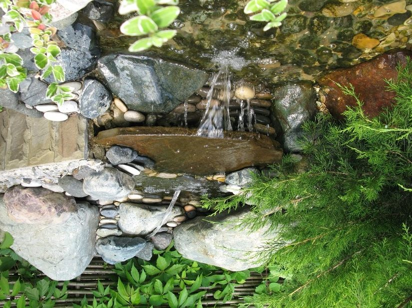 Циркуляция воды предотвратит её застаивание