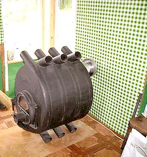 100-килограммовый булерьян занесен в дом.