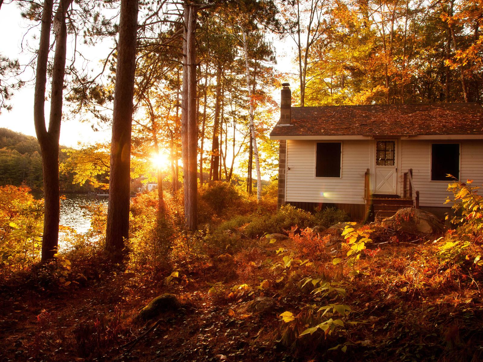 картинки осень на загородном доме кузов