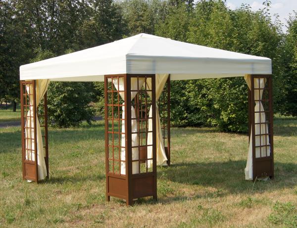 Дачный шатер с москитной сеткой на основе деревянного каркаса