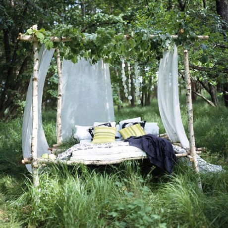 Даже с минимальными затратами можно обустроить уютную зону отдыха