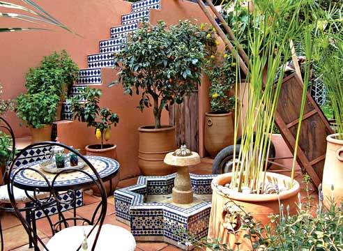 Дизайн малого сада в средиземноморском стиле