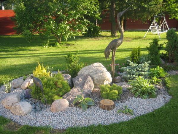 Эффектный каменный сад