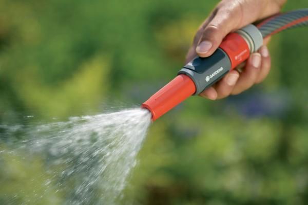 Если нам нужен обильный урожай, на воде лучше не экономить!