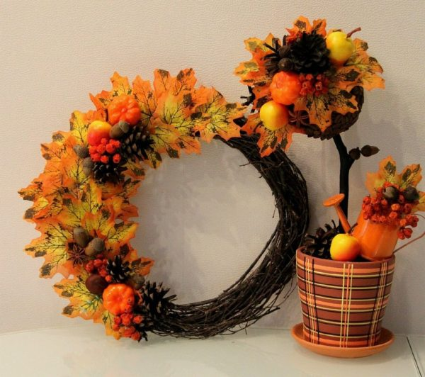 Осенний топиарий и венок