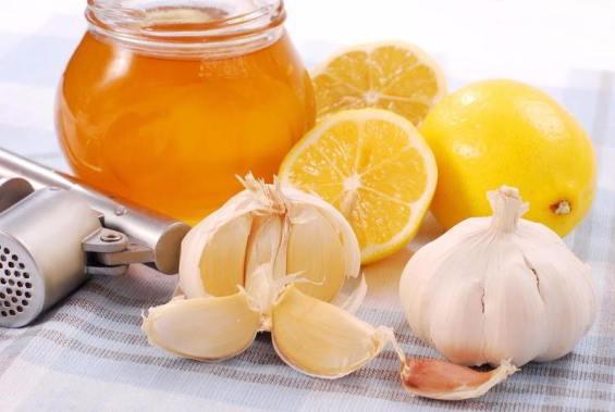 Варенье из чеснока и цитрусовых фруктов обладает лечебными свойствами
