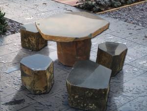Фото дачной мебели из камня
