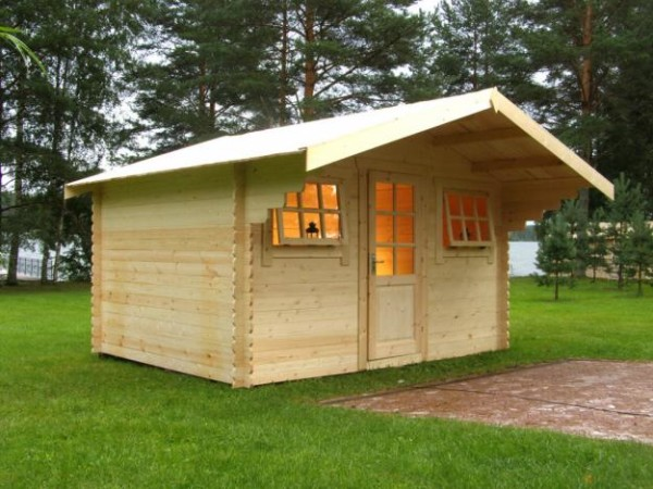 Фото готового брусового домика для сада.