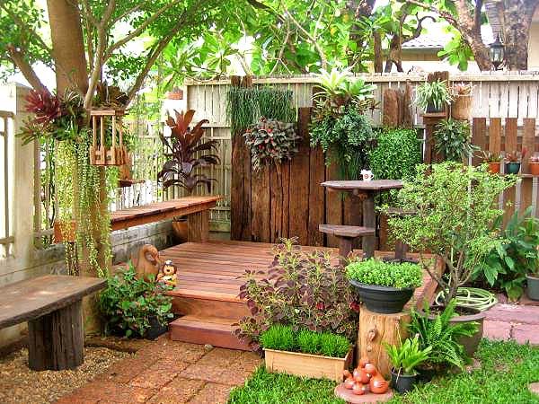 Функциональный и стильный дизайн двора дачи