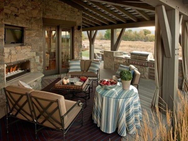 Интерьер открытой летней кухни