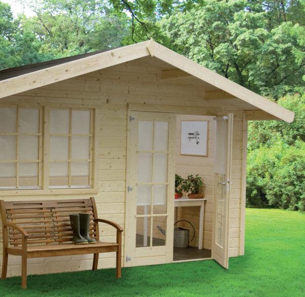 Комфортабельный красивый проект - домик для гостей на даче