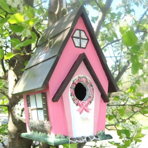 Милый птичий домик