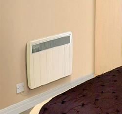 На фото: помните, что для работы автоматики необходимо электричество, поэтому не забудьте расположить розетку около радиатора