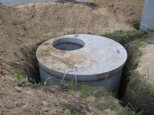 Накопитель из бетонных колец