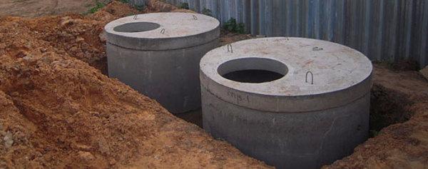 Отстойник и колодец фильтрации выполнены из колец КС.