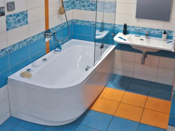 Плитка для ванной – лучшее решение.