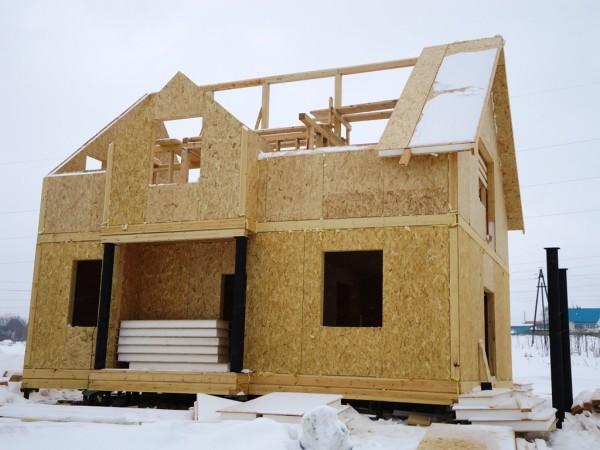 Сип-панели толщиной 150 - 200 мм активно применяются при строительстве коттеджей в Якутии.