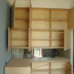 Сооружение кухни для дачи из фанеры