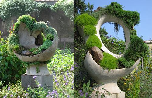 В таких импровизированных вазонах хорошо растут мхи, неприхотливые вьющиеся растения и дикий виноград