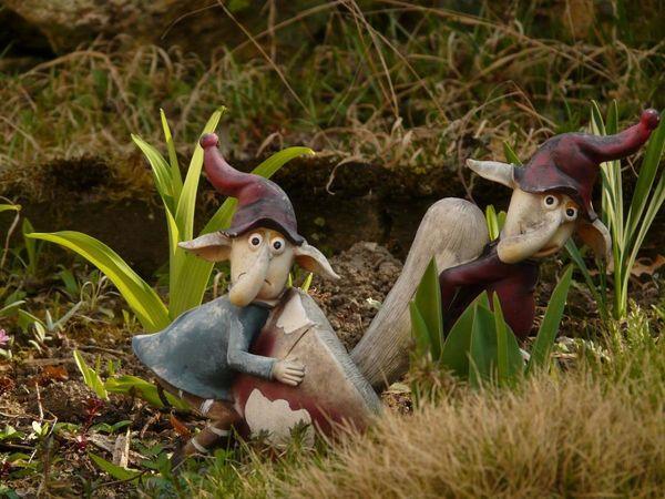 Забавные фигурки оживят любой сад